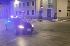 Rubavano auto in provincia di Bari, operazione dei carabinieri: sei arresti