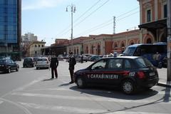 Rissa in piazza Moro a Bari, arrestati due gambiani