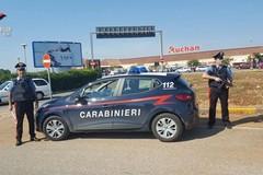 Da Ceglie Messapica a Casamassima per rubare vestiti da 500 euro. Due arresti