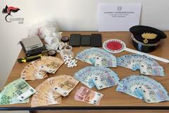 Bari, sorpresi con cocaina e marijuana: arrestati due pusher