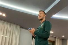"""""""Battesimo"""" azzurro per Castrovilli, l'ex Bari canta nel ritiro della nazionale"""