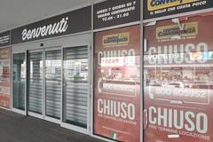Centro Convenienza a Bari chiuso, dipendenti a casa e clienti senza merce