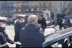 Anziano multato in corso Mazzini, Decaro: «Se non torni a casa ti faccio seguire»