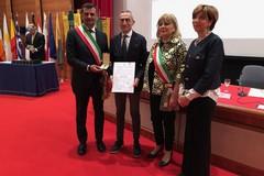 Primo maggio, in Puglia consegnate 54 stelle al merito del lavoro
