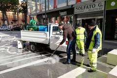"""A Bari arriva """"Ghibli"""", il macchinario che rimuove le gomme da masticare dalle strade"""