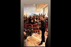 Bari, bagno di folla per Diodato, fresco vincitore di Sanremo