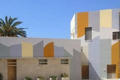 Bari Vecchia si colora grazie a David Tremlett e al suo muro per Marilena Bonomo