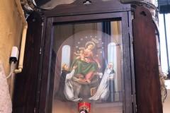 Bari vecchia, restaurata l'edicola votiva della Madonna del Rosario. Ora torna in via Tancredi