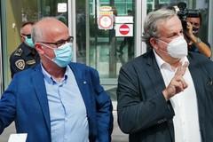 Covid, Emiliano: «Servono misure severe in tutta Italia». Lopalco: «Comportarsi come in lockdown»
