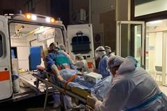Bari, nella notte prova di trasferimento pazienti nell'ospedale in Fiera