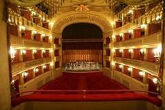 Più teatro per i giovani, anche a Bari spettacoli a soli 5 euro per gli studenti