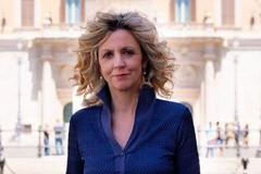 Il ministro Lezzi a Bari per onorare i caduti d'oltremare