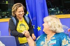 Forenza porta al parlamento europeo l'aggressione avvenuta a Bari