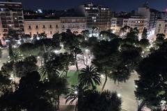 Nuova illuminazione in piazza Garibaldi, installate 150 lampade