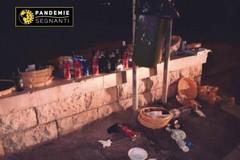 """Rifiuti abbandonati dopo il lockdown, le immagini di Bari finiscono su """"Fotografie segnanti"""""""