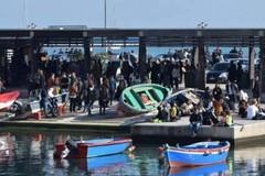 Giornata di sole a Bari, libera uscita nonostante la zona arancione