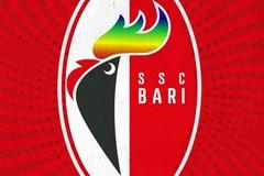 Pride month, anche il galletto del Bari si colora di arcobaleno