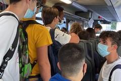 In Puglia autobus strapieni di studenti, la denuncia di Priorità alla Scuola