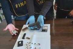 Condominio di Madonella base per nascondere armi e droga, scatta il sequestro