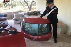 Grumo, usavano un casolare come deposito per auto rubate. Denunciati padre e figlio