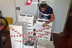 Pesce privo di tracciabilità e lavorato senza autorizzazione, sequestro e multa a Bari