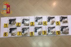 In auto con armi e munizioni, arrestato 69enne