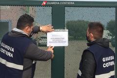 Produzione di materie plastiche con autorizzazione scaduta da 13 anni, sequestro a Monopoli (Bari)