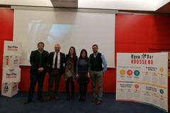 """Il Movimento 5 Stelle e la democrazia diretta, presentato a Bari """"Rousseau"""""""