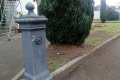 Bari, furto di rubinetti nel cimitero di Palese. Cavone: «Nessun rispetto neanche per i defunti»