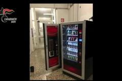 Il furto nella scuola Santomauro