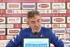 SSC Bari, Auteri smorza le polemiche: «Mio ruolo è proteggere la squadra. Evitiamo negatività»