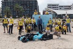 """""""Puliamo il mondo"""", il Politecnico insieme a Legambiente per liberare dai rifiuti le spiagge di Bari"""