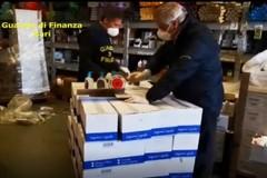 Mascherine rincarate del 1.535%, maxi multa ad un ingrosso in provincia di Bari
