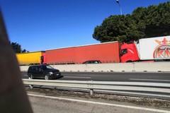 Scontro tra Tir sulla tangenziale a Bari, code infinite in direzione nord