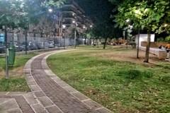 Bari, completata la nuova illuminazione nel giardino Mimmo Bucci al Libertà