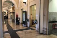 Doveva essere in carcere ma era alla stazione centrale di Bari