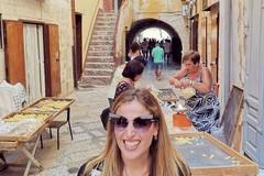 Clio Make Up, una passeggiata a Bari vecchia fra selfie e orecchiette