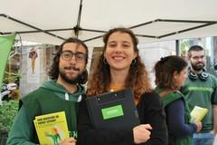 Greenpeace e i suoi volontari a Bari