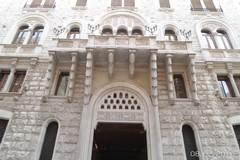 Onde di madreperla e legni intarsiati, il Palazzo di Aqp apre al pubblico