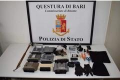 Si muove da Bitonto a Bari per rubare auto, ma la Polizia lo segue. Preso 49enne