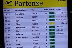 Volo Ryanair Roma-Bari in ritardo di tre ore, l'Odissea dei passeggeri