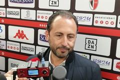 Il Bari festeggia la promozione, De Laurentiis: «Nostro regalo a una città ferita»