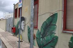 L'amore contro il bullismo nel murale di Giuseppe D'Asta alla Massari-Galilei