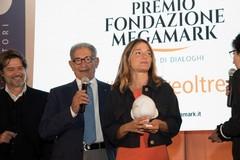 """Eleonora Marangoni con """"Lux"""" vince la quarta edizione del premio Megamark"""
