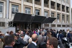 Nuovi tornelli al tribunale di Bari, è caos