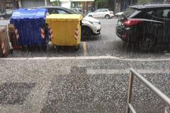 Bari, grandine e acquazzoni in città, domani migliora