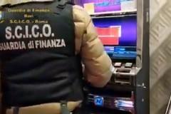 """Bari, arresti illustri sulle """"gaming machine"""" grazie alla denuncia di un tabaccaio"""