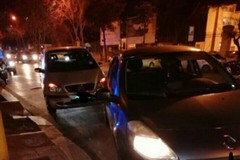 Tamponamento in piazza Massari a Bari, disagi al traffico
