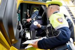 Bari, aveva il tachigrafo del camion alterato, multa e ritiro della patente