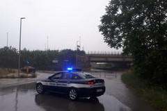 Maltempo a Bari, chiuso sottopasso sulla statale 16 bis